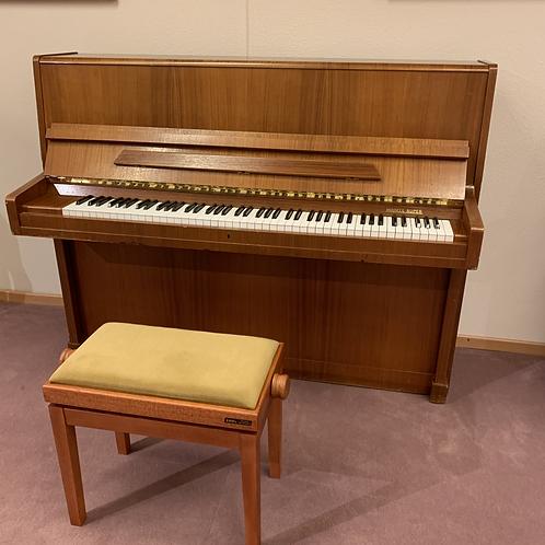 2de hands piano