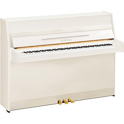 Yamaha B1 piano wit