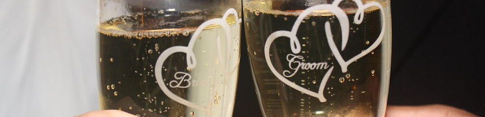 bride groom champagne toast