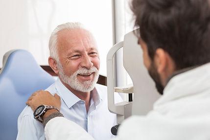 retina consultant patient