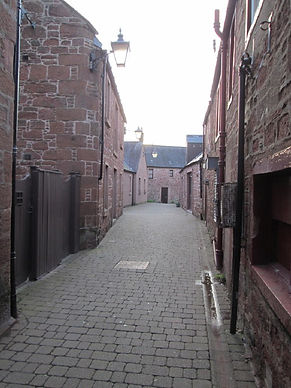 cobbled streets in the centre of kirriemuir
