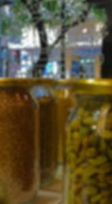 mama tierra - vegetarian vegan restaurant Athens - Akadimias 84 - spices