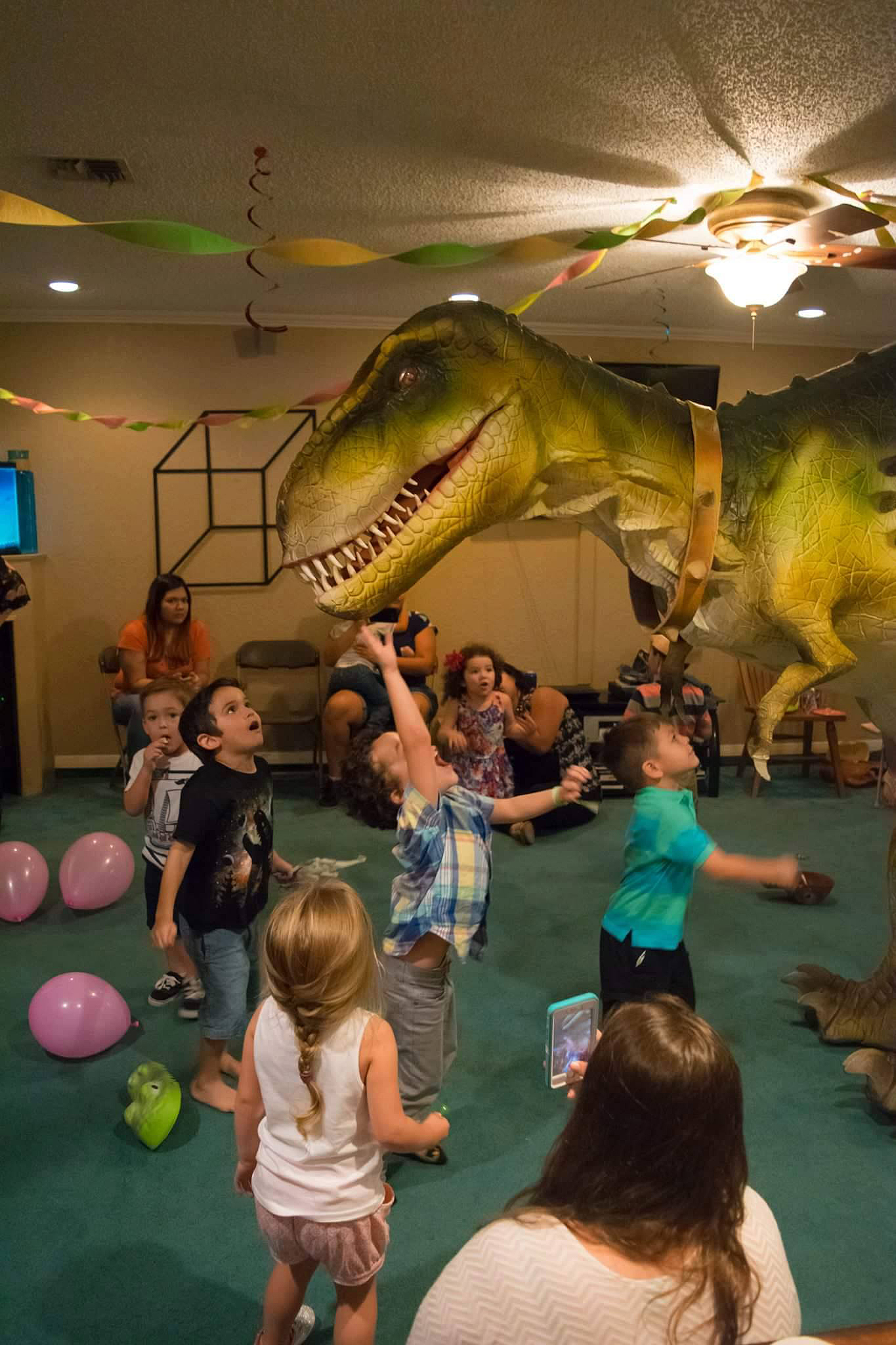 indoor dino party 2