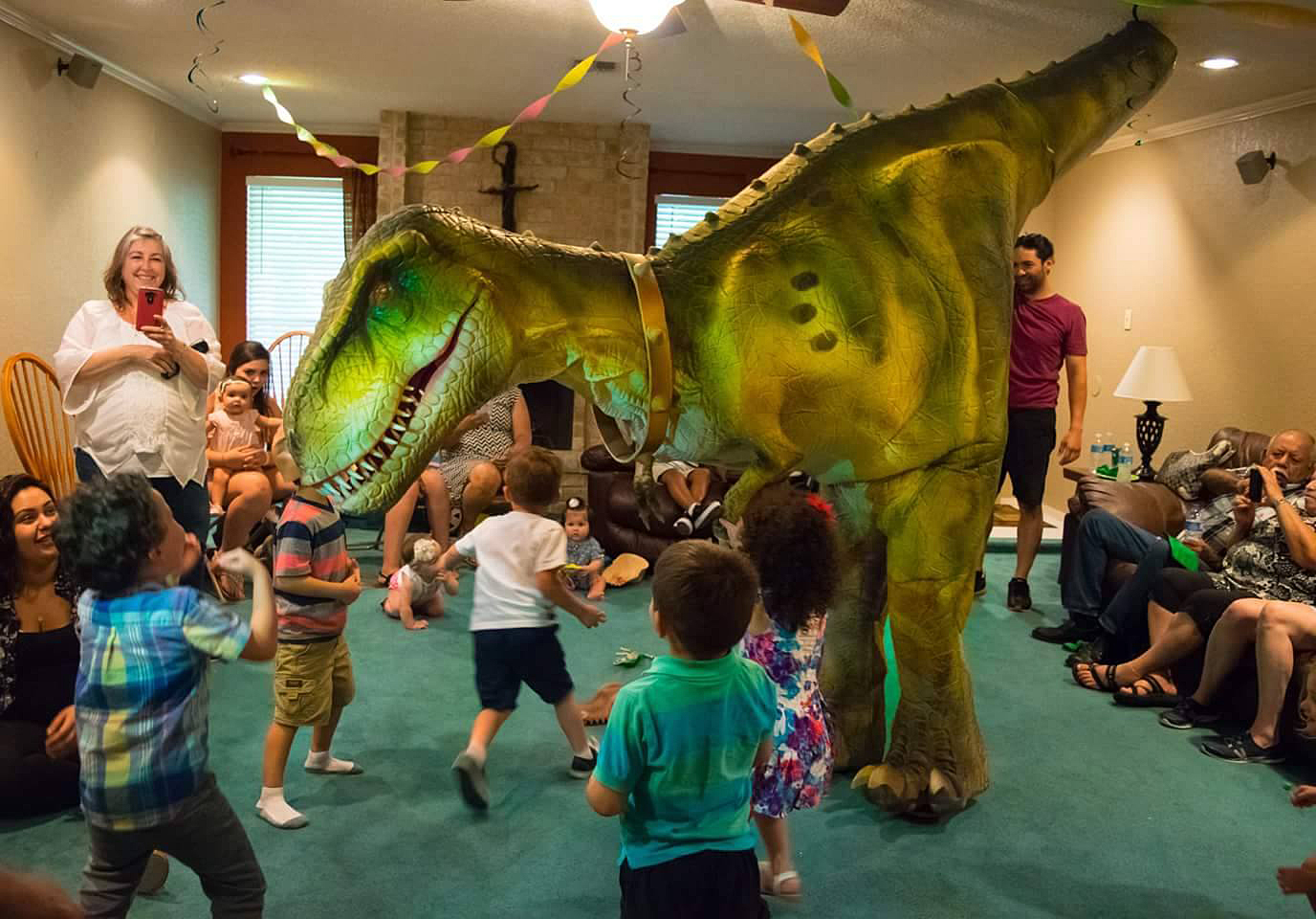 indoor dino party