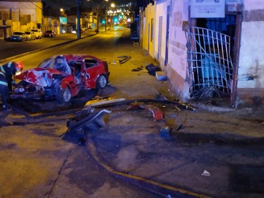 CONDUCTOR DE BMW FALLECE ESTA MADRUGADA EN ACCIDENTE OCURRIDO EN AVENIDA RENDIC