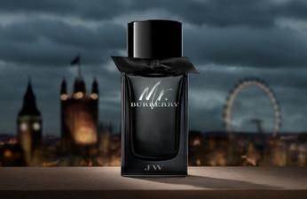Mr. BURBERRY完美演繹倫敦夜晚