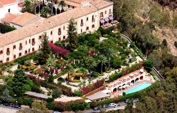 著名作家、畫家和作曲家曾到訪一睹壯麗風光@ San Domenico Palace Hotel
