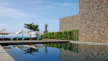 入住X2 Samui Resort享受無限次水療