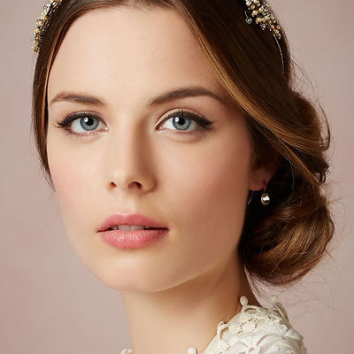 wedding-makeup-natural-with-romantic-eng