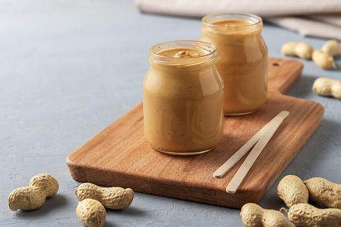 homemade-peanut-butter-glass-jars.jpg