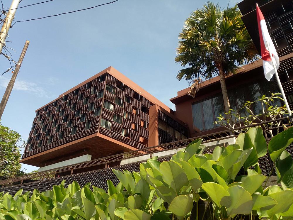 Rumah Botol Ridwan KAmil (Pict :KAD_Firma_Arsitektur)