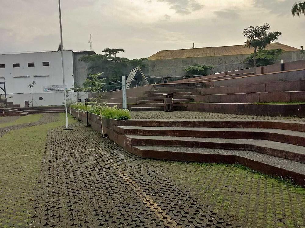 Undakan Planterbox Alun-Alun Cicendo (Pict :KAD Firma Arsitektur)