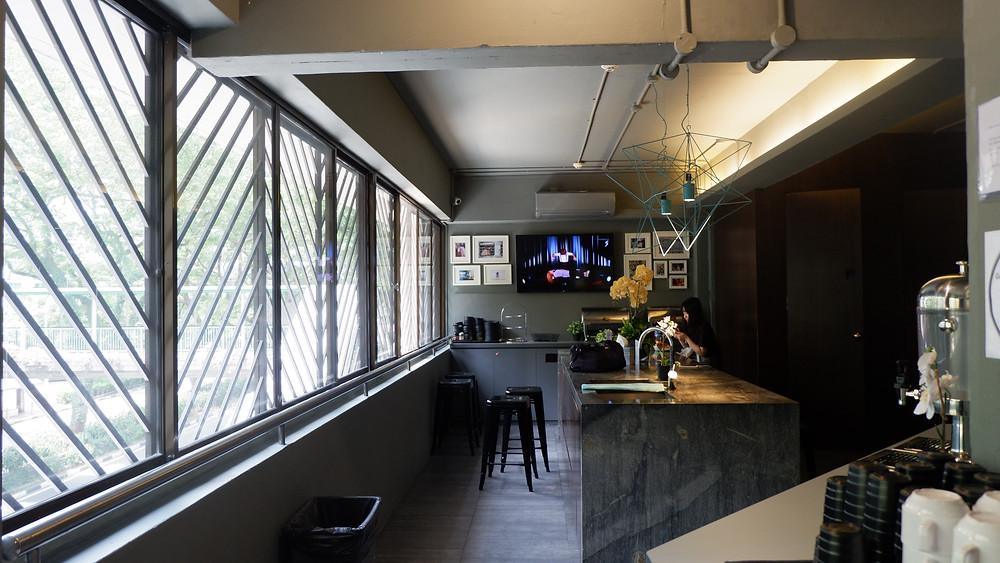 Small Pantry & Mini Bar (Pict : K+AD Firma Arsitektur)