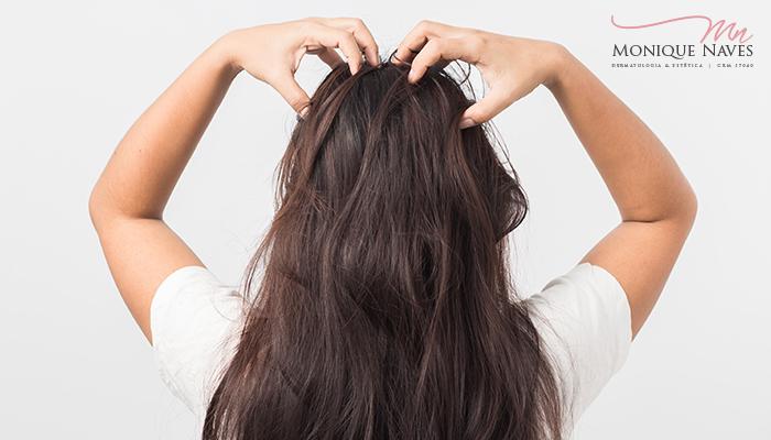 Coceira no couro cabeludo? Veja o que pode ser