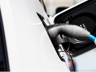 Energia solar vai impulsionar aumento do mercado de carros elétricos