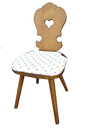 Voglauer, Stuhl, mit Polsterkissen