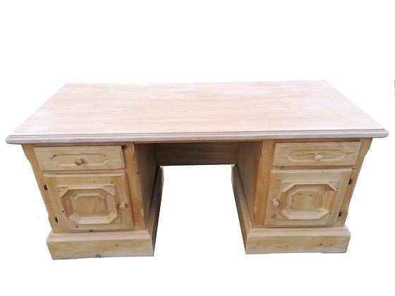 Anno 1900, Schreibtisch, groß