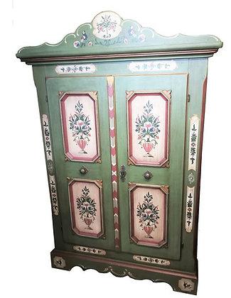 Anno 1700, altgrün, Bauernschrank, 2 Türen, Kranz
