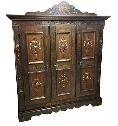Anno 1800, braun antik, Bauernschrank, 3 Türen