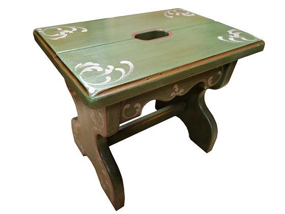 Schemel, Anno 1700, altgrün