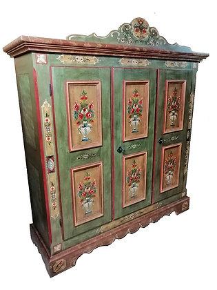 Anno 1800, altgrün, Bauernschrank, 3 Türen