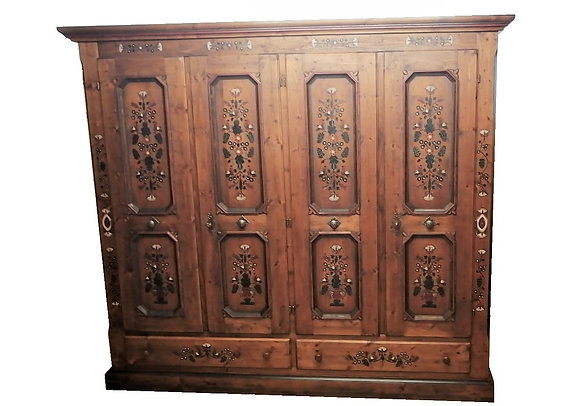 Anno 1700, braun antik,  Bauernschrank, 4 Türen