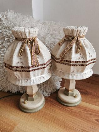Anno 1700. altweiß, Nachttischlampen-Set