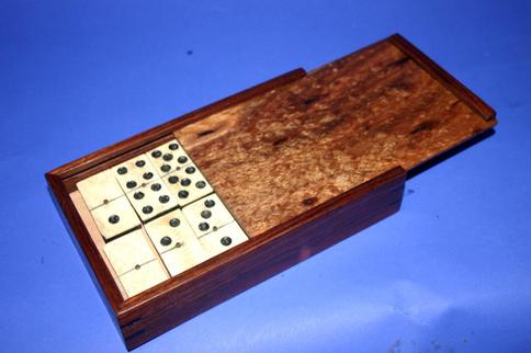acacia domino box