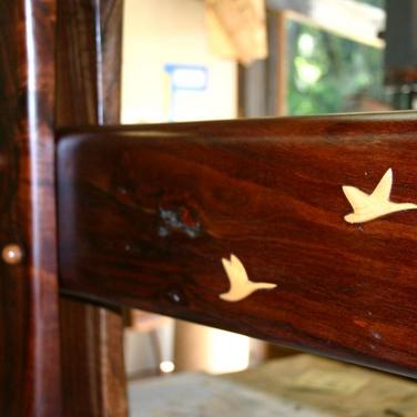 trestle base close up inlays