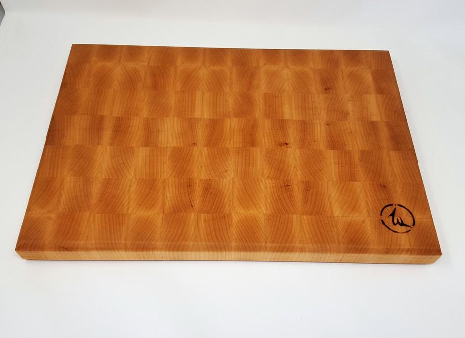 Is an end-grain cutting board better than an edge or face-grain one?