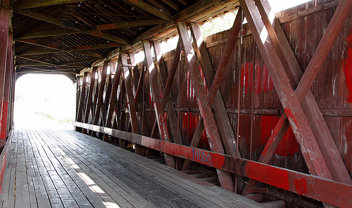 Inside - Howe Truss