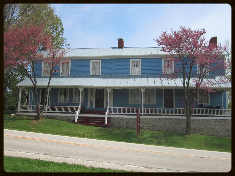 Overland Inn