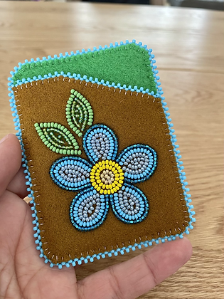 Beaded card wallets by Cathy Kotchea 5