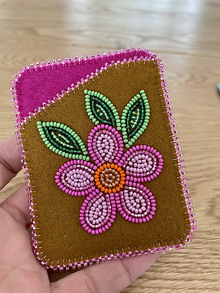 Beaded card wallets by Cathy Kotchea 4