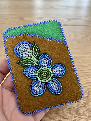 Beaded card wallets by Cathy Kotchea 7