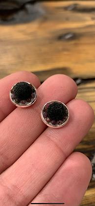 Mini tufted & jewel studs by Métis North