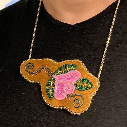 Summer Rose necklace by Sharon Vittrekwa