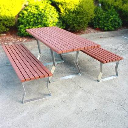 Kiama Freestanding Table Setting