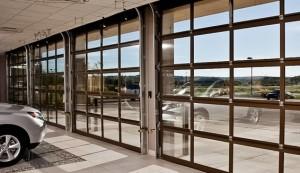 Glass commercial door