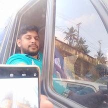 Kerala tourism tempo traveller driver Anish John , experienced Tempo traveller driver with guide