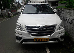 6+1 and 7+1 innova for Kerala tourism taxi service , Kerala car rental , innova taxi