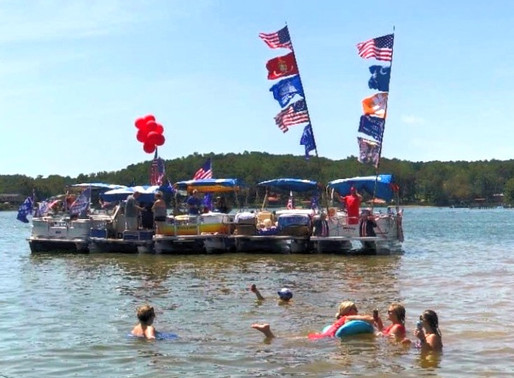 Pro-Trump boat parade held at Lake Secession