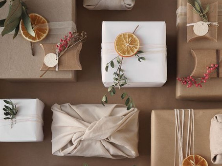 How to spruce up your Christmas Decorations - the green way.