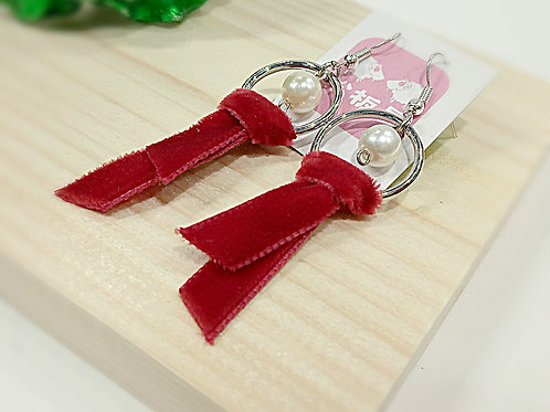 Beauty red velvet tie faux pearl earrings