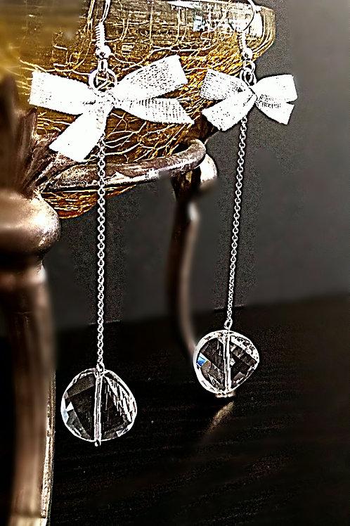 Flatted big crystal earring