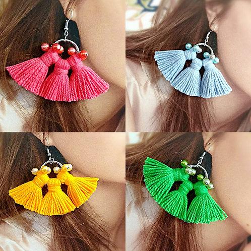 Extraordinary cotton tassel faux pearl earrings