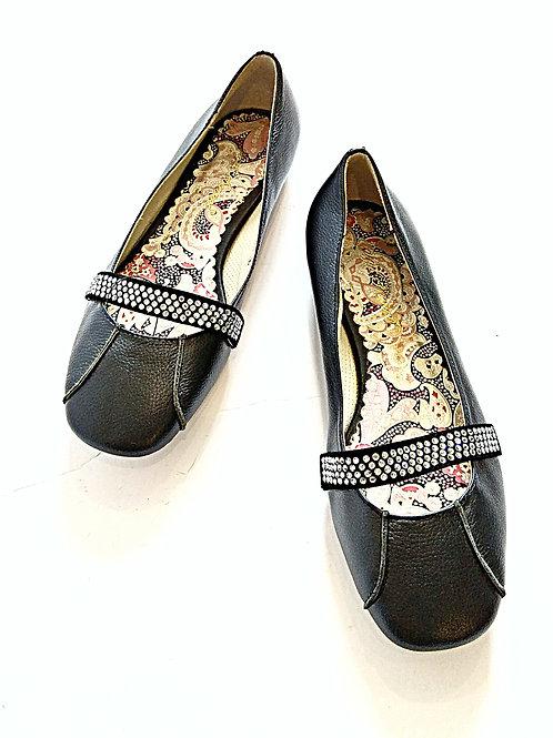 Black leather swarovski flatted shoes