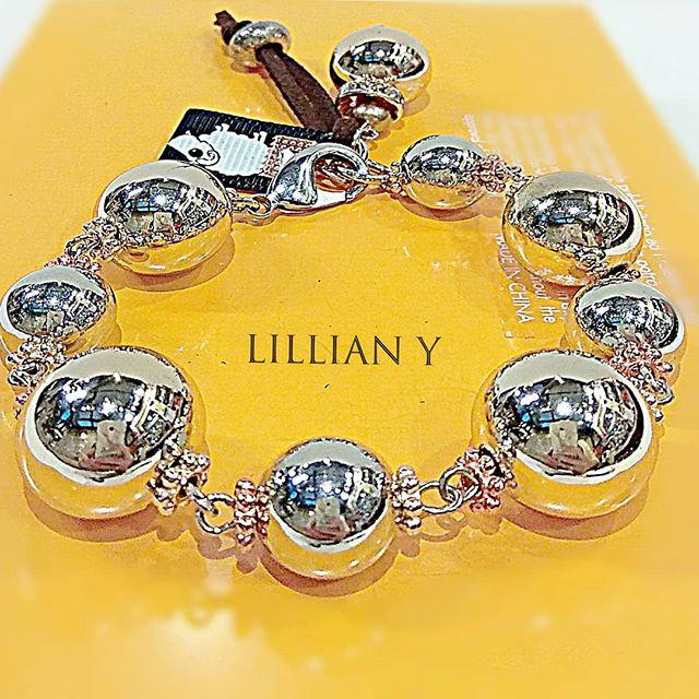Shinny boho silver beaded bracelet__mat_