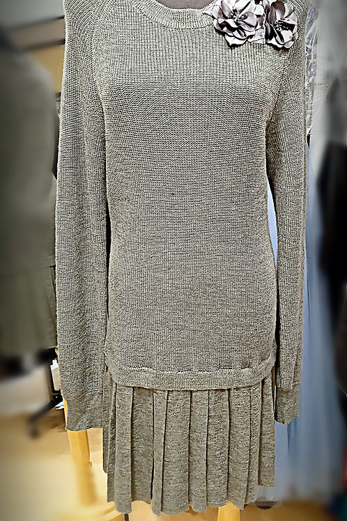 Beauty grey knitted dress