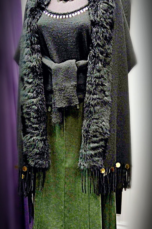Elegant black wool faux fur big cape